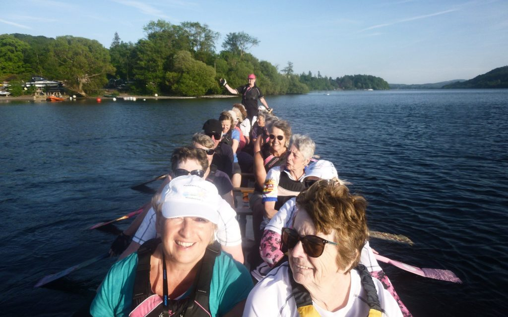 We had a fantastic paddle last night with a full boat and our goddess Roz at the helm.