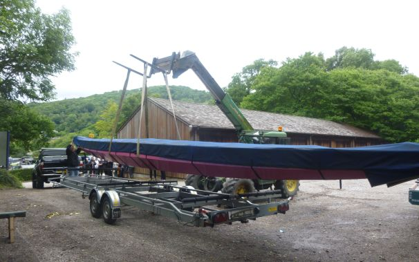 Lifting Artemis Phyllis onto the trailer ready to take her to Bilsborrow for the event start.
