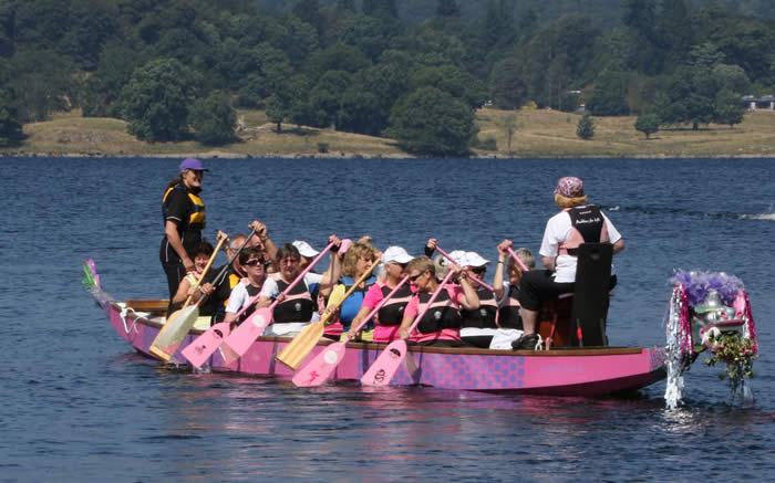 There were some new paddlers and visitors trying out dragon boat paddling.