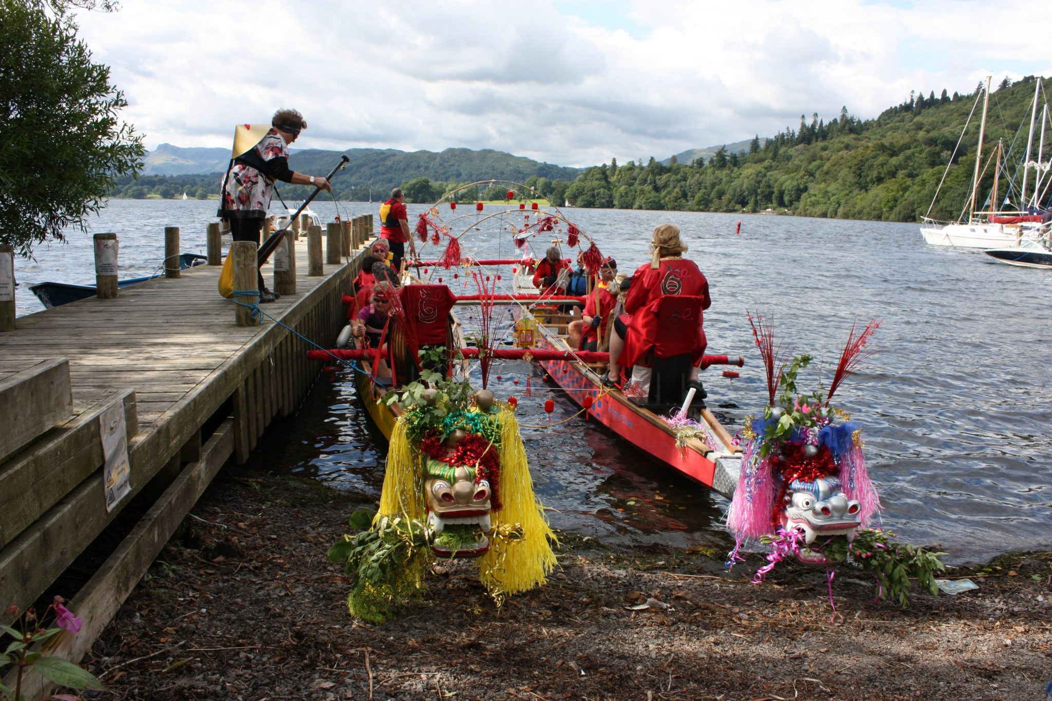 2010 and crews board two dragon boats linked in the oriental theme. Bowness here we come!